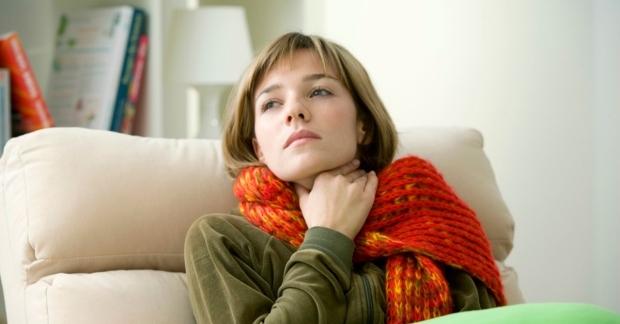 chto-pomogaet-pri-angine-lekarstva-i-narodnye-sredstva