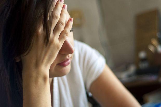 choroba-bolest-hlava-depresia-smutok-nestandard1